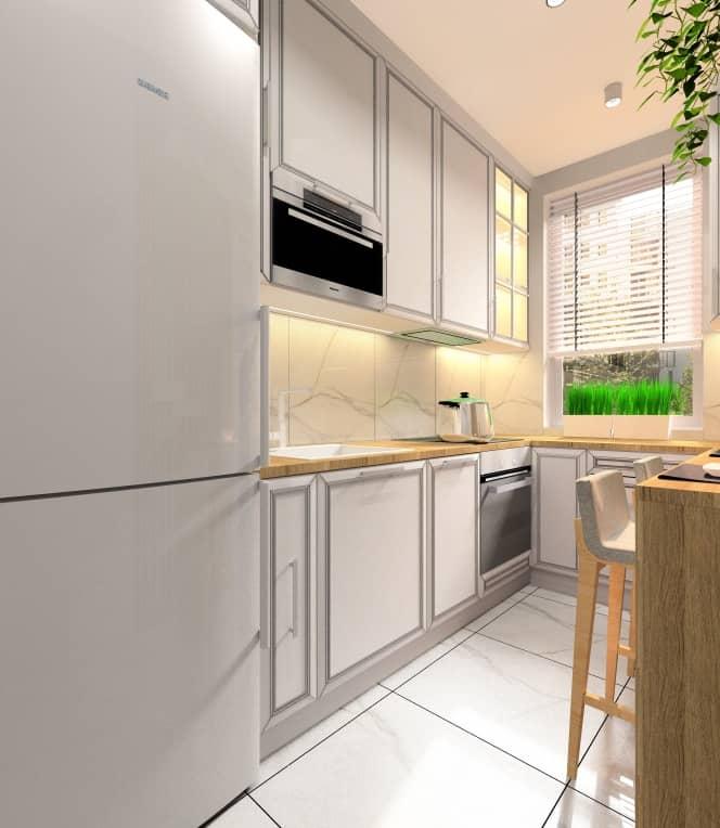 Aranżacja kuchni w stylu glamour , witryny w szafkach podświetlane, płytki marmur na ścianie, żaluzja w oknie, kwiaty, ciepłe wnętrze