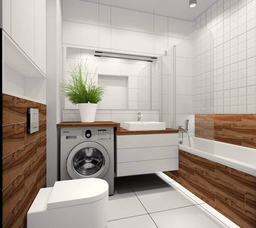 Łazienka, mała, mieszkanie 35 m2, wanna, parawan nawanowy, płytki białe, drewnopodobne, jasna łazienka