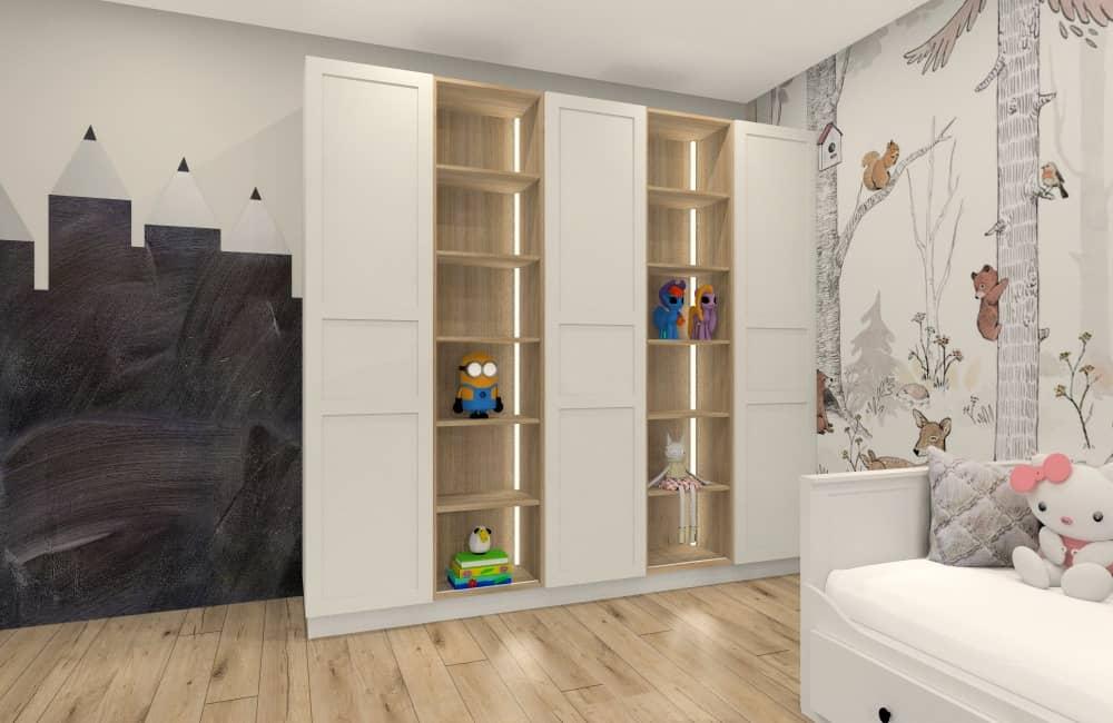 Pokój dziewczynki, pomysł na ściany w pokoju dziecka. Tapeta ze zwierzętami w ciepłych kolorach, farba kredowa, rysunek kredek na ścianie farba kredową