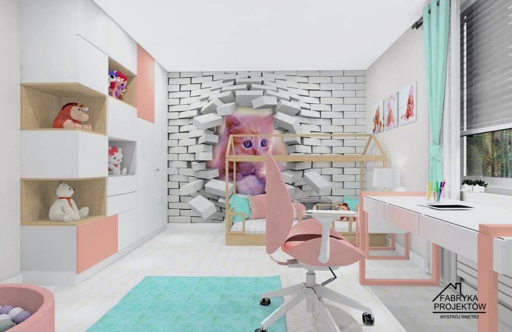 Pomysł na łóżko w kształcie domku, za łózkiem na ścianie tapeta z kotem
