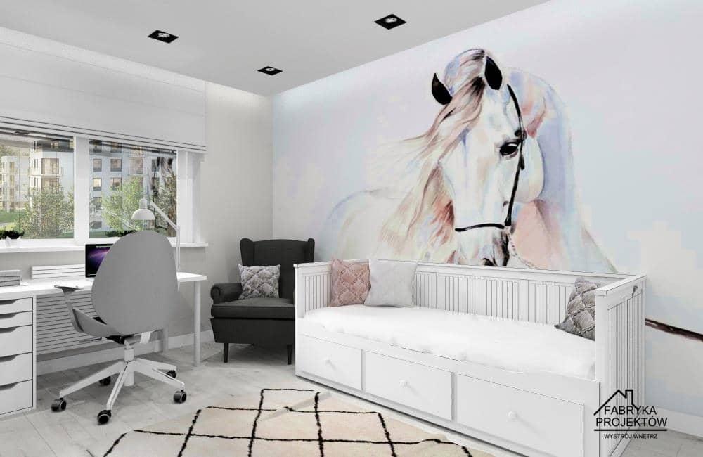 Pokój dla dziewczynki, pomysł na pokój, ściana z fototapetą koń, łóżko Ikea Hemnes, fotel Ikea Strandom, biurko pod oknem Ikea Alex