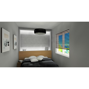 Podświetlana ściana za łózkiem w sypialni, szara narzuta na łózko, szare ściany w sypialni